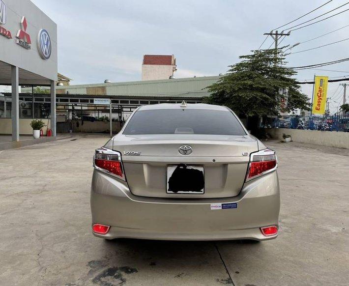 Cần bán Toyota Vios 1.5E MT năm 2017, màu vàng cát, còn mới, giá chỉ 405 triệu2