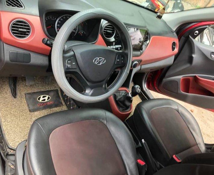 Xe Hyundai Grand i10 sản xuất năm 2018 còn mới4