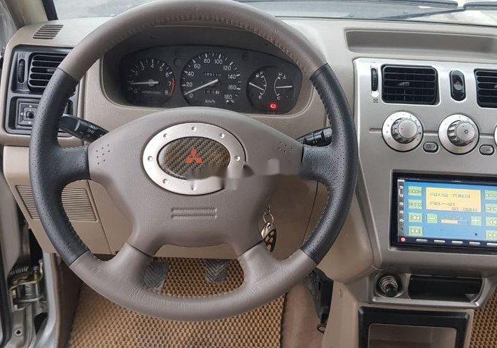 Cần bán xe Mitsubishi Jolie sản xuất 2005 còn mới, giá chỉ 175 triệu11