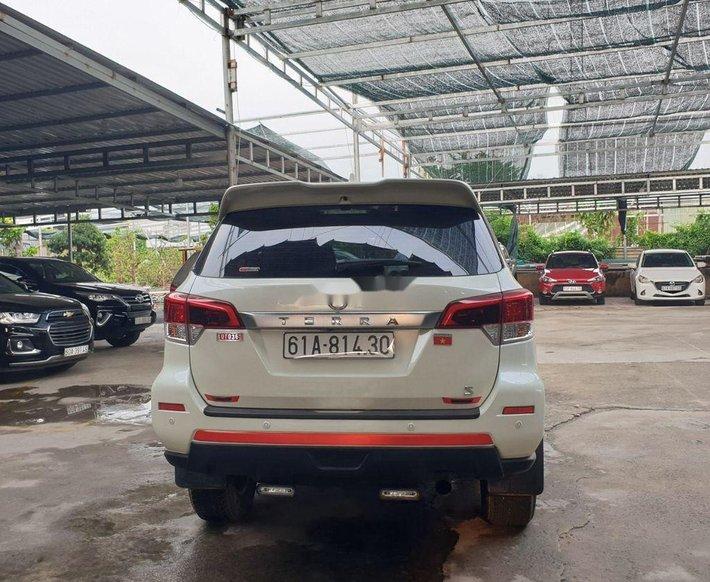Cần bán gấp Nissan Terra đời 2019, màu trắng giá cạnh tranh1
