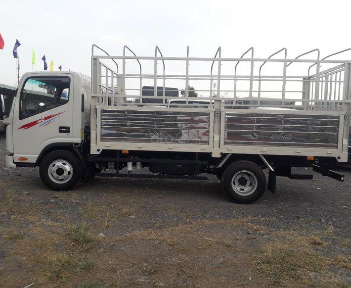 Xe tải JAC N350 3T5 thùng dài 4,3m, động cơ Isuzu cabin vuông, trả trước 100tr nhận xe4