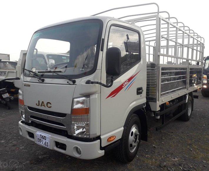 Xe tải JAC N350 3T5 thùng dài 4,3m, động cơ Isuzu cabin vuông, trả trước 100tr nhận xe6