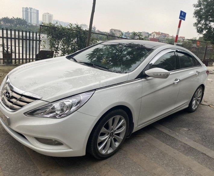 Chính chủ Hyundai Sonata 2011 tự động1