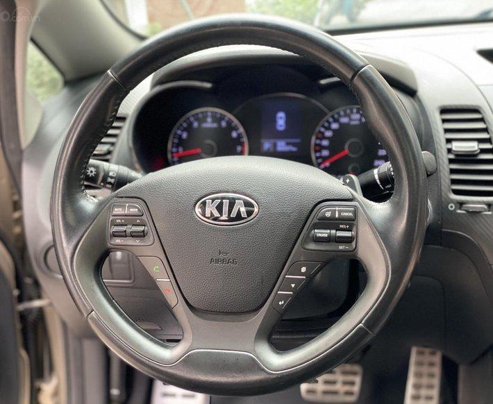 Bán Kia K3 2.0 2014 rất đẹp, xe đi được 86 000km5