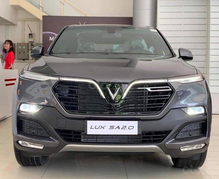 Đức Anh Vinfast cần bán Vinfast Lux SA 2.0L màu xám giao ngay, xem xe Gò Vấp0