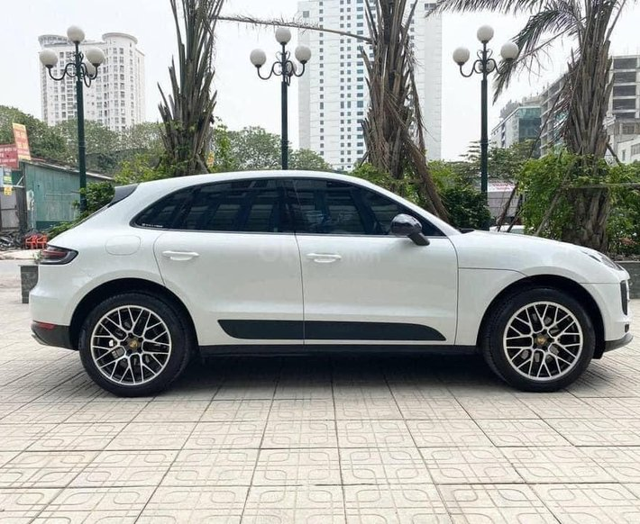 Bán nhanh với giá thấp chiếc Porsche Macan đời 2019, giá thấp2