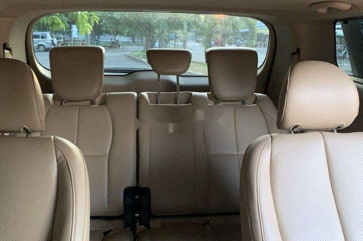 Cần bán Kia Sedona năm sản xuất 2018, màu trắng9