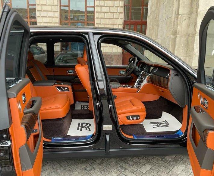 Bán Rolls-Royce Cullinan sản xuất năm 20211
