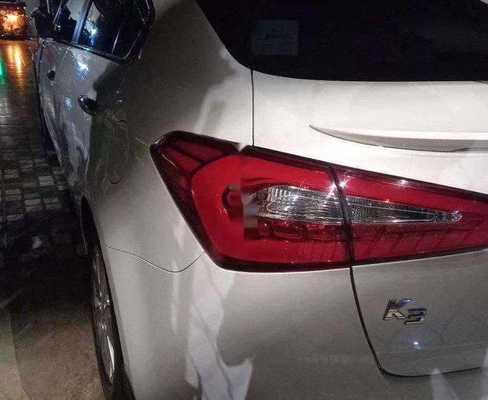 Bán Kia K3 đời 2016, màu trắng, nhập khẩu nguyên chiếc còn mới, giá tốt0