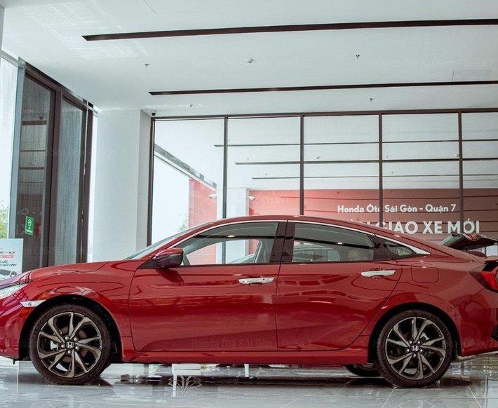 Honda Civic 2021 khuyến mãi mua 1 tặng 4 và chính sách ba không1
