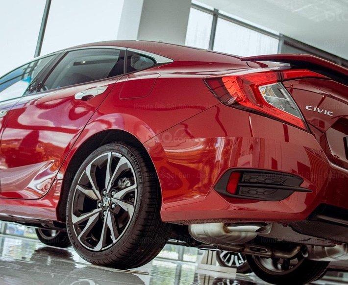 Honda Civic 2021 khuyến mãi mua 1 tặng 4 và chính sách ba không5