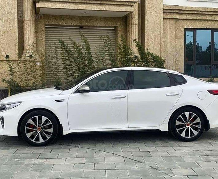 Bán Kia Optima năm 2016, màu trắng, nhập khẩu nguyên chiếc còn mới0