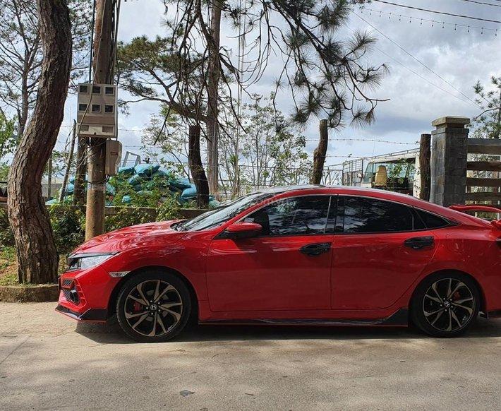 Bán Honda Civic RS Turbo sản xuất 2019 giá cạnh tranh0