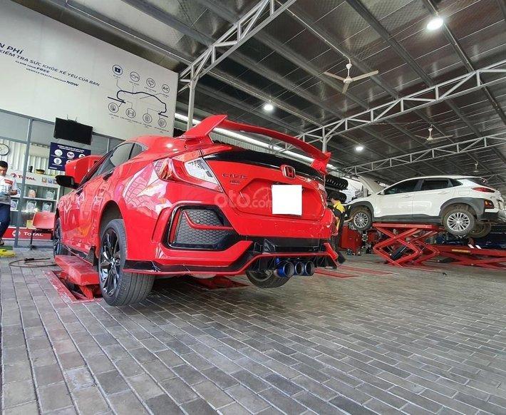Bán Honda Civic RS Turbo sản xuất 2019 giá cạnh tranh6