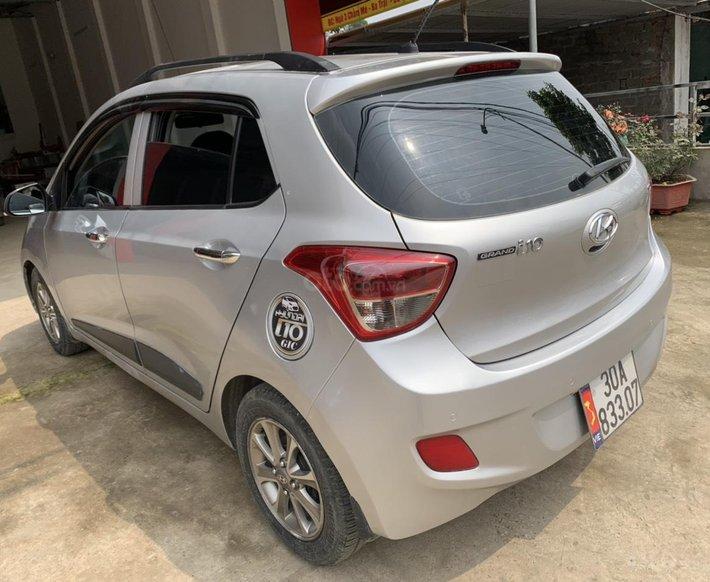 Chính chủ cần bán xe Hyundai Grand i10, màu trắng0