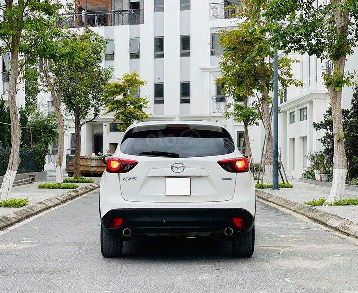 Cần bán gấp Mazda CX 5 2017, màu trắng, giá chỉ 700 triệu1