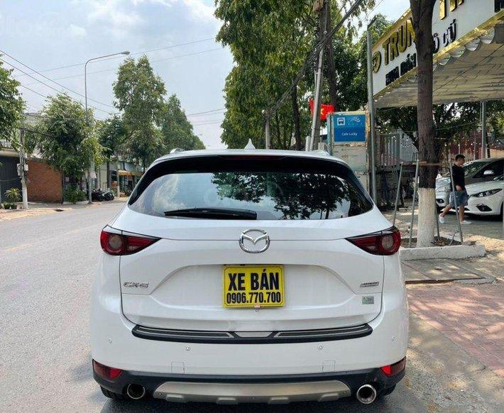 Cần bán gấp Mazda CX 5 đời 2017, màu trắng2