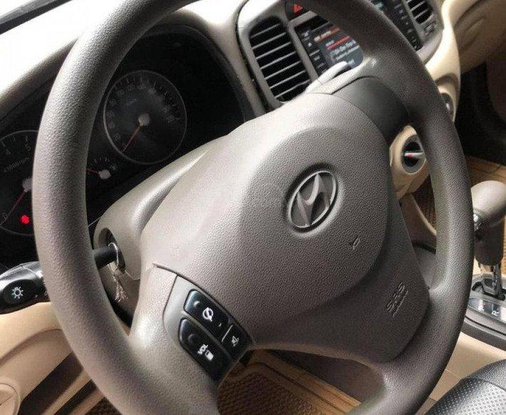 Cần bán xe Hyundai Verna sản xuất 2009, màu trắng, nhập khẩu nguyên chiếc còn mới3