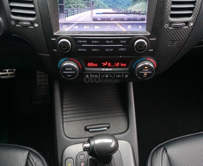 Bán nhanh chiếc Kia K3 1.6 AT 20147