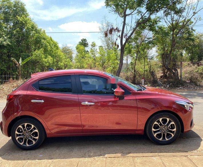 Cần bán Mazda 2 2016, màu đỏ số tự động, giá tốt3
