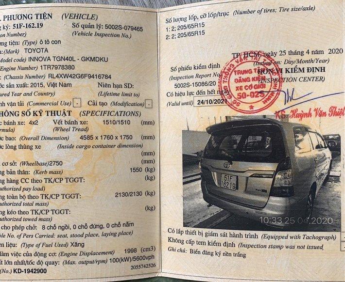 Cần bán lại xe Toyota Innova đời 2015, giá 435tr6