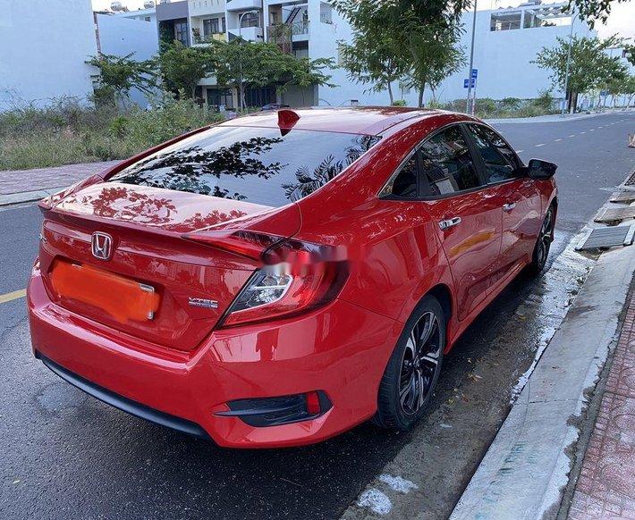 Bán Honda Civic sản xuất 2017, nhập khẩu nguyên chiếc còn mới4