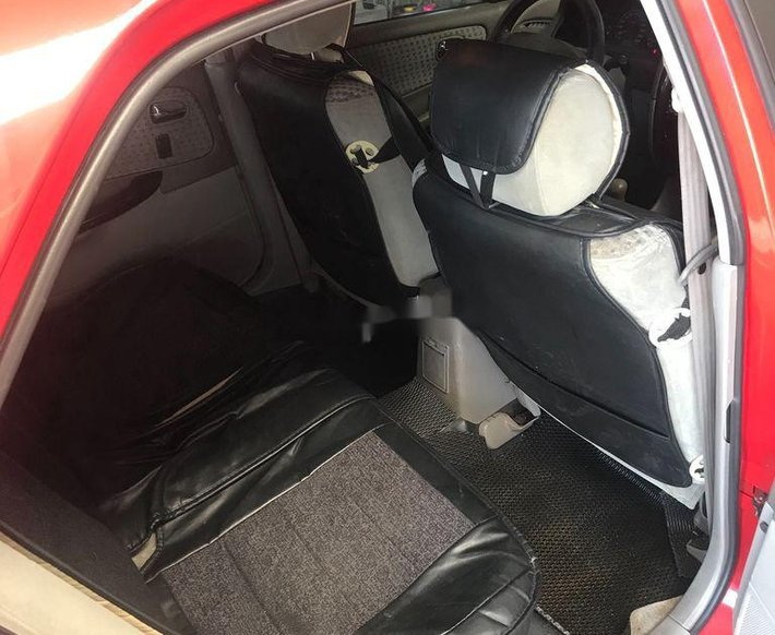 Bán ô tô Mazda 626 sản xuất năm 2002, màu đỏ, nhập khẩu5