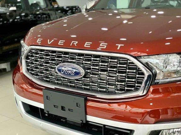 Ford Everest Titanium 2021, khuyến mãi khủng lên đến 80 triệu, tặng thêm phụ kiện, xe đủ màu giao liền0