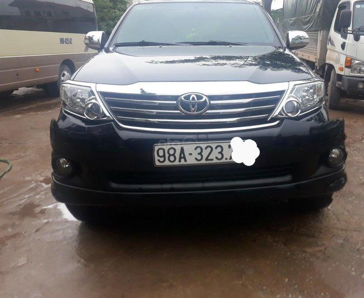 Cần bán xe Toyota Fortuner sản xuất năm 2013, giá tốt2