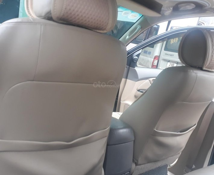 Cần bán xe Toyota Fortuner sản xuất năm 2013, giá tốt7