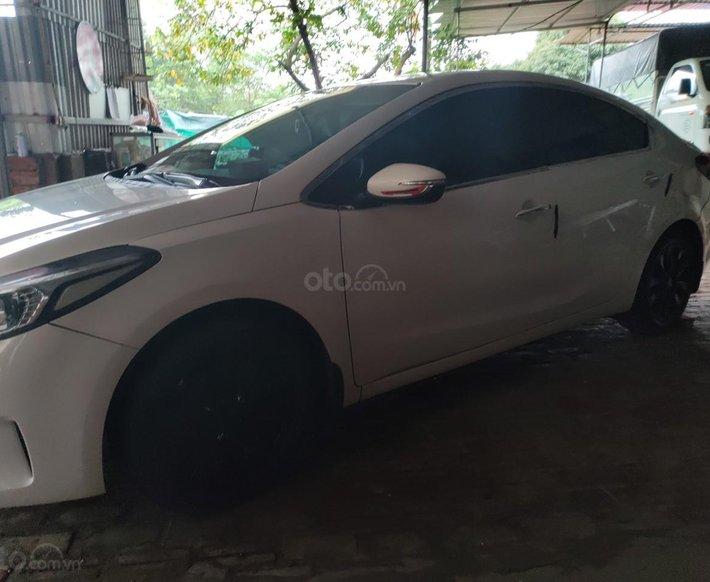 Cần bán lại xe Kia Cerato 1.6 MT sản xuất 2016, giá chỉ 430 triệu1