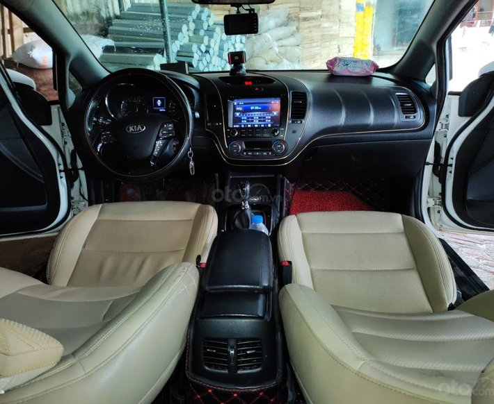 Cần bán lại xe Kia Cerato 1.6 MT sản xuất 2016, giá chỉ 430 triệu12