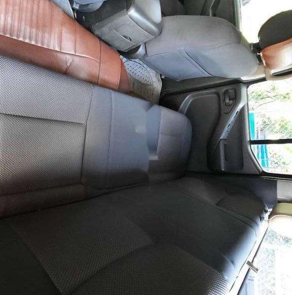 Xe Nissan Navara sản xuất năm 2012, màu xám, nhập khẩu nguyên chiếc còn mới4