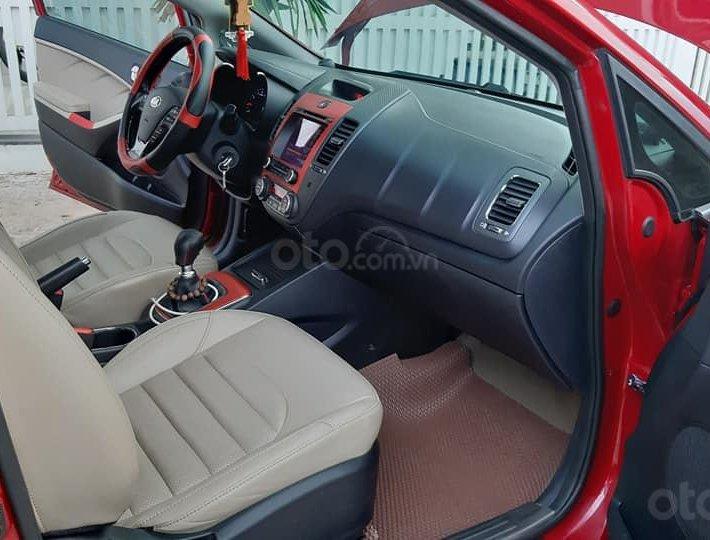 Bán xe Kia Cerato 2018, màu đỏ6