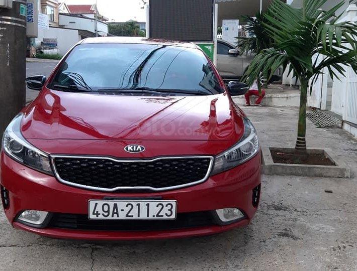 Bán xe Kia Cerato 2018, màu đỏ2