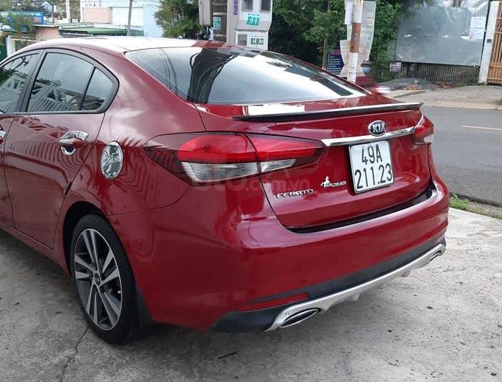 Bán xe Kia Cerato 2018, màu đỏ0