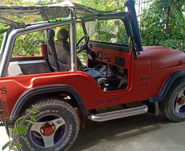 Jeep Dòng khác trước năm 1980, số sàn0