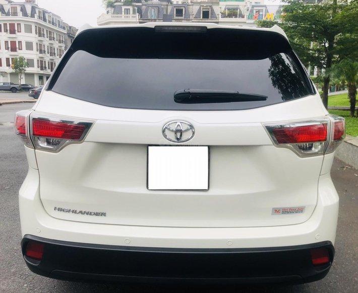 Bán nhanh Toyota Highlander 20169