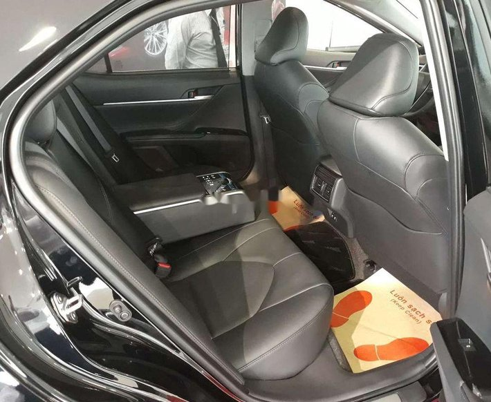 Bán xe Toyota Camry 2.5Q sản xuất 2021, nhập khẩu nguyên chiếc9