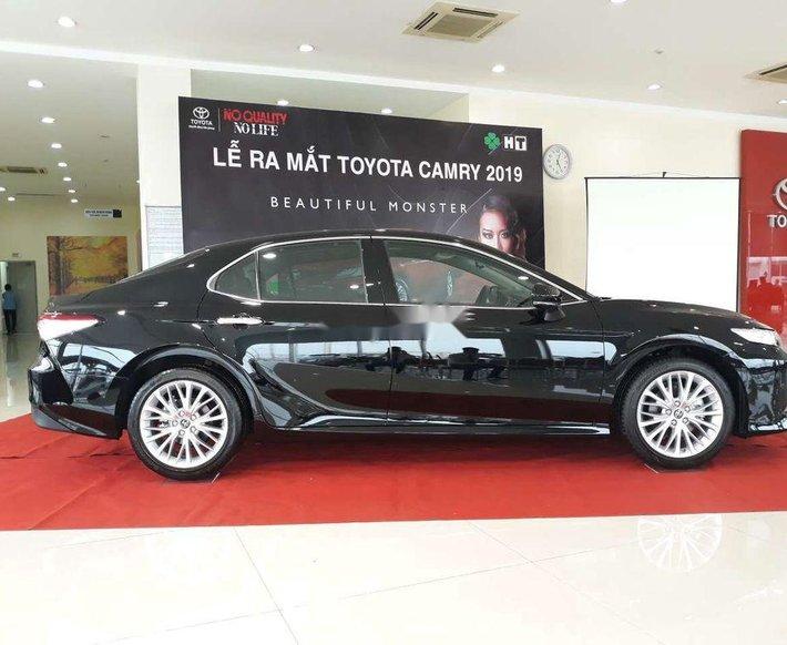 Bán xe Toyota Camry 2.5Q sản xuất 2021, nhập khẩu nguyên chiếc1