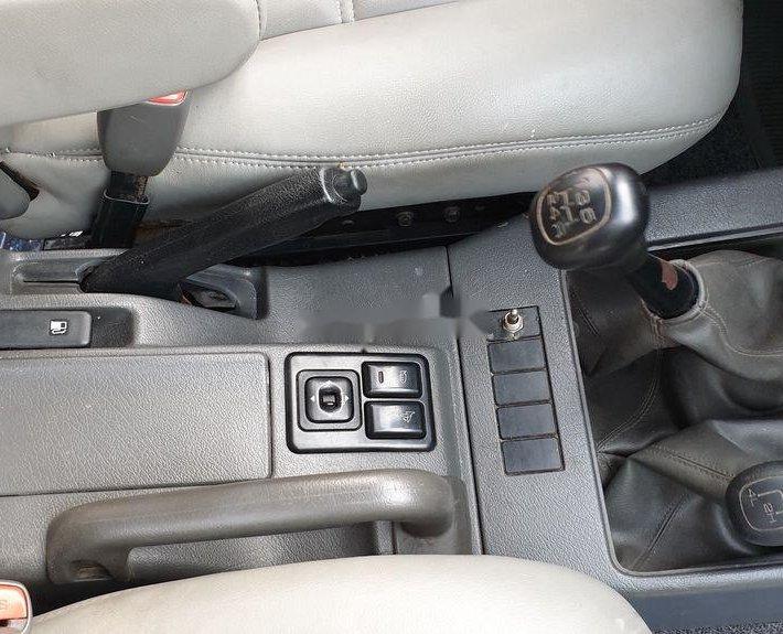 Cần bán Isuzu Trooper sản xuất 1997, màu xám, nhập khẩu nguyên chiếc, 130 triệu2