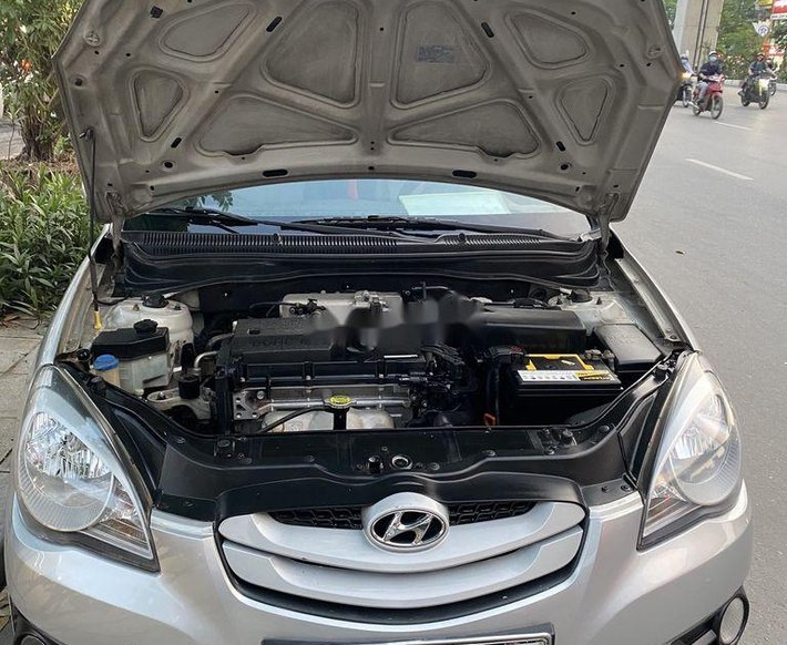 Bán Hyundai Verna đời 2010, màu bạc xe gia đình10