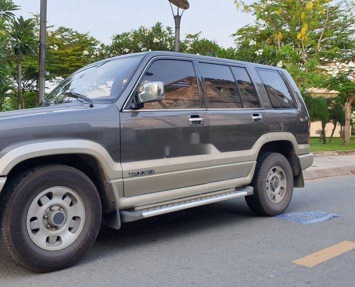 Cần bán Isuzu Trooper sản xuất 1997, màu xám, nhập khẩu nguyên chiếc, 130 triệu11