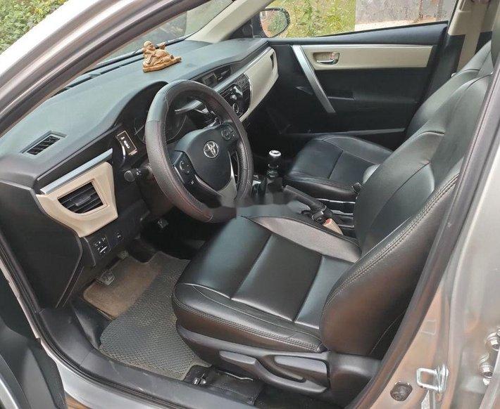 Bán Toyota Corolla Altis năm sản xuất 2016 còn mới, 495tr7