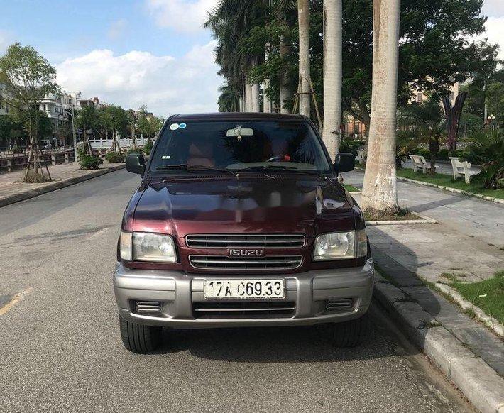 Bán xe Isuzu Trooper năm 2001, màu đỏ, xe nhập0