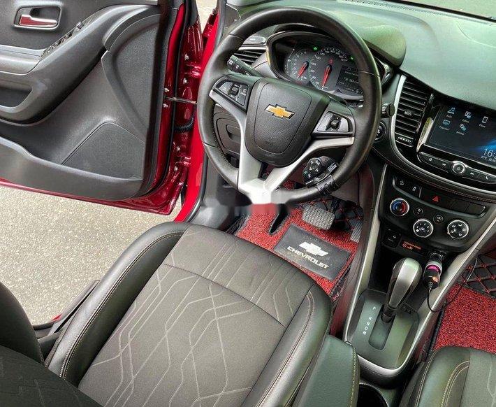 Bán Chevrolet Trax năm 2017, màu đỏ, nhập khẩu8