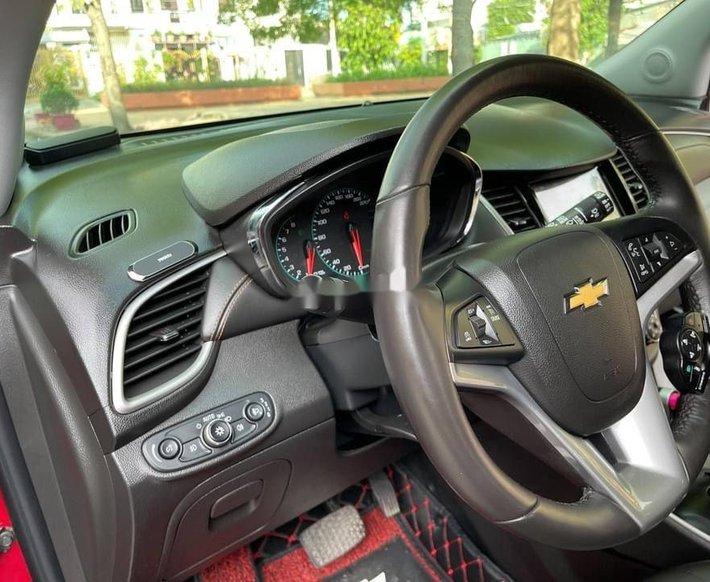Bán Chevrolet Trax năm 2017, màu đỏ, nhập khẩu9