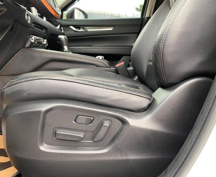 Cần bán xe Mazda CX 5 2017, màu trắng, giá tốt4