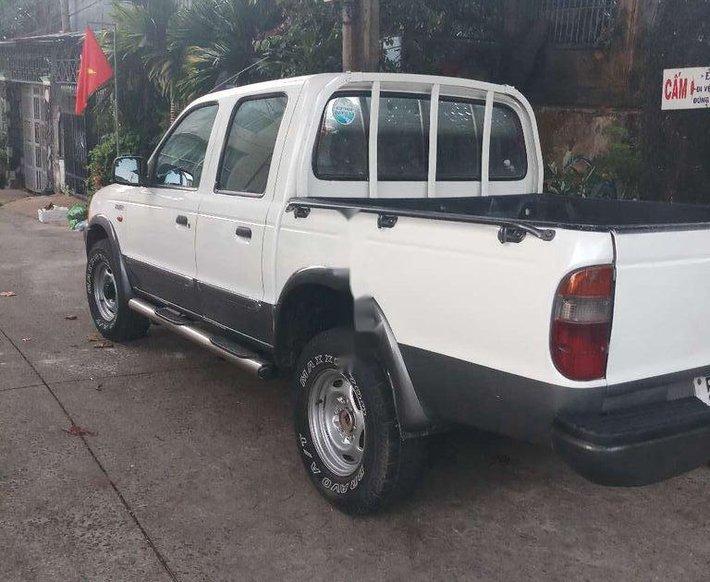 Bán Ford Ranger đời 2002, màu trắng, giá tốt1