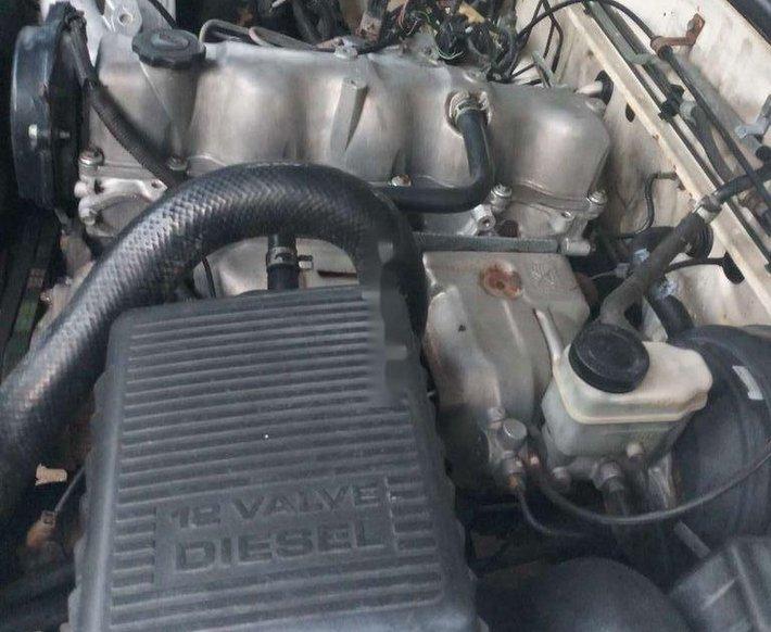 Bán Ford Ranger đời 2002, màu trắng, giá tốt7